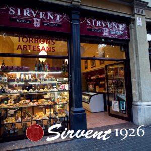 Uno de los establecimientos de la marca Sirvent para turrón y helado en el centro de Barcelona.