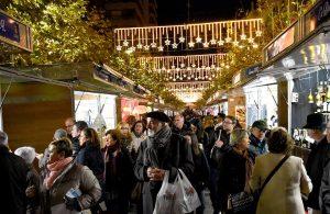Detalle del ambiente de calle en la feria de navidad y el turrón de JIjona en una edición pasada./FOTO MADE IN JIJONA