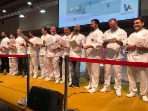 Foto de grupo de los participantes en la final del III Campeonato de España de Heladería Artesana, el pasado 25 de febrero./FOTO ANHCEA