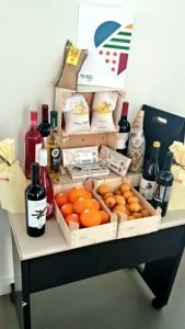 Mostra dels productes de qualitat diferenciada de la Comunitat Valenciana, entre ells el terró de Xixona./FOTO CONSELLERIA