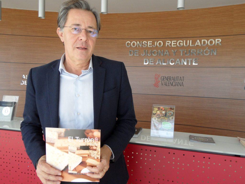 Federico Moncunill, secretario general del Consejo Regulador de la IGP Jijona y Turrón de Alicante./FOTO BERNAT SIRVENT