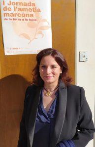 La presidenta de Xics, la Associació de Torroners Xixonencs de Catalunya, 12 negocios artesanos y familiares, algunos de ellos centenarios./FOTO MADE IN JIJONA