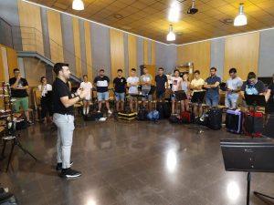 Manuel Blanco en la recepción de alumnos en la Casa de la Música de Xixona.