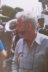 Luis García-Berlanga Martí, fallecido hace ahora diez años, durante el rodaje en Xixona, a principios de 1987.